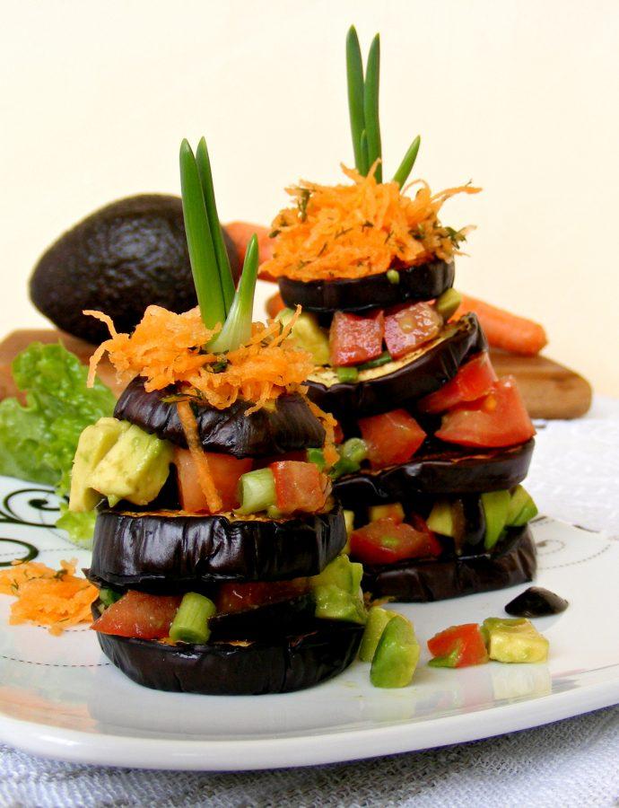 Кулички от патладжан с домат и авокадо