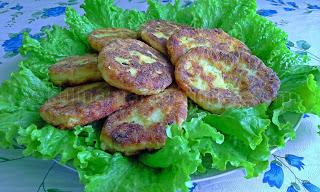 Картофени кюфтета с извара и кашкавал