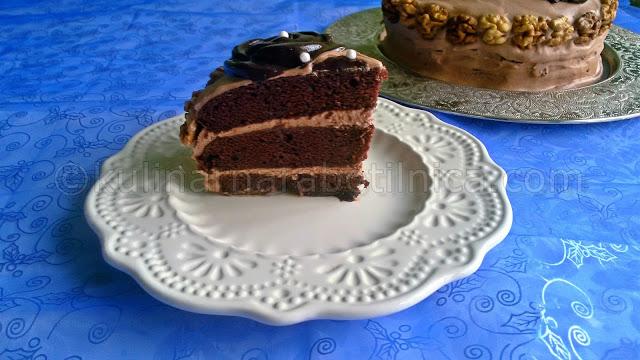 Вкусна шоколадова торта с майонеза