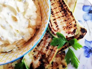 Гриловани тиквички с крема сирене и майонеза - рецепта