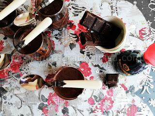 Домашен течен шоколад с кондензирано мляко