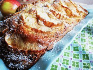 Сладкиш с ябълки и заквасена сметана - рецепта