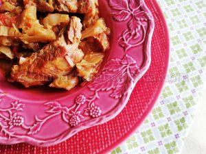 Свински ребра с прясно зеле - рецепта
