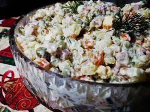 Руска салата Оливие - рецепта