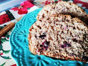 Рецепта за кекс с пълнозърнесто брашно и горски плодове