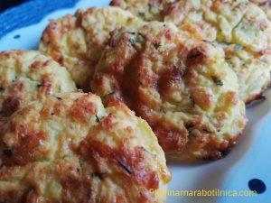 Рецепта за картофени кюфтенца на фурна с извара, сирене и кашкавал